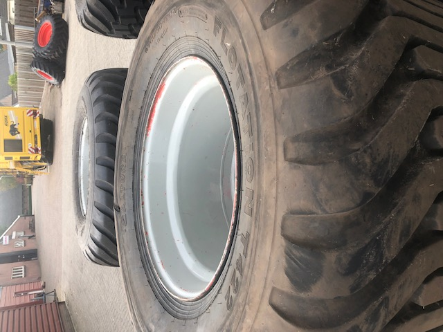 Altura 70050 R225 4x Suichies Landbouw Mechanisatie